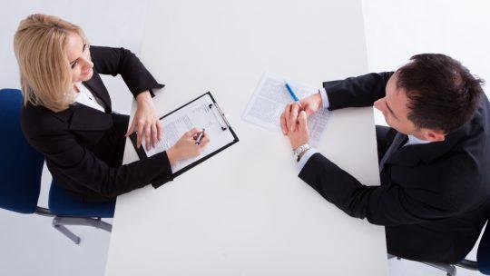 Entretien annuel d'évaluation : 6 conseils pour le mener efficacement